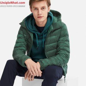Áo phao lông vũ Uniqlo 2019 nam xanh lá có mũ